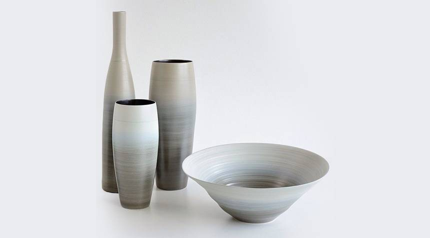 HANDMADE CERAMIC BOWL AND VASES 0