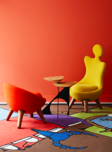 Le mobilier Design de Vincent Darré à la boutique pour la maison de Londres de VIS A VIS Paris