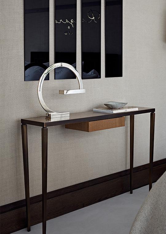 http://www.visavisparis.com/wp-content/uploads/bespoke_furniture_3.jpg